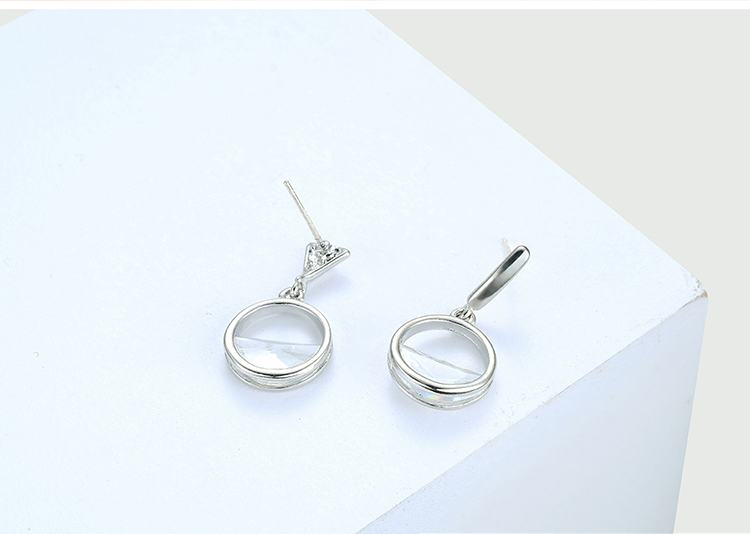 AAA grade zircon S925 alloy needle  listening to the secret language white NHKSE28700
