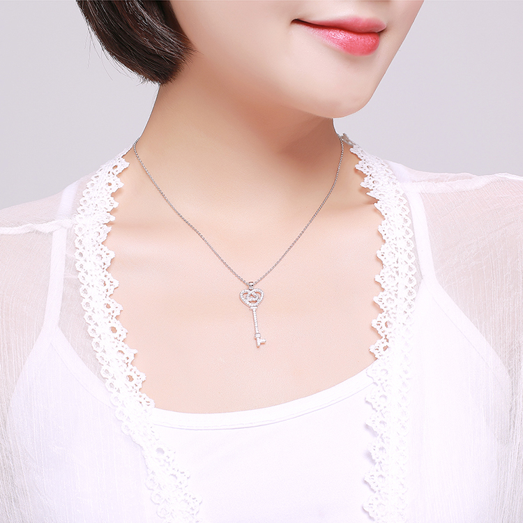 AAA microinlaid zircon necklace  the key to love champagne alloy NHKSE28708