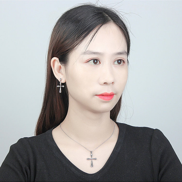 Imported Imitated crystal Necklace  Love and Peace White NHKSE29608