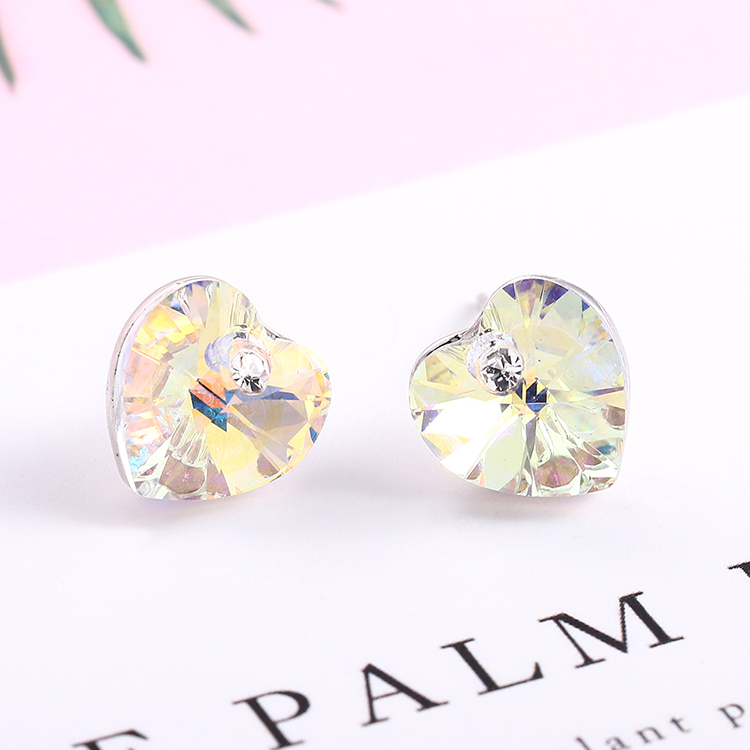 Austrian Imitated crystal Auricular Acupuncture - Heart (White) Fine Jewelry NHKSE30316