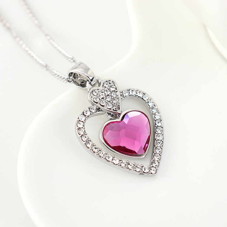 New fashion love crystal necklace yiwu nihaojewelry wholesale NHSE208215